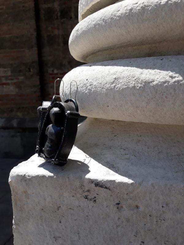 handmade sculpture earrings black venus forms